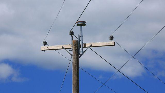 Прокладка кабеля по воздуху