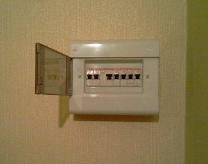 Монтаж электрощита в офис в СПб