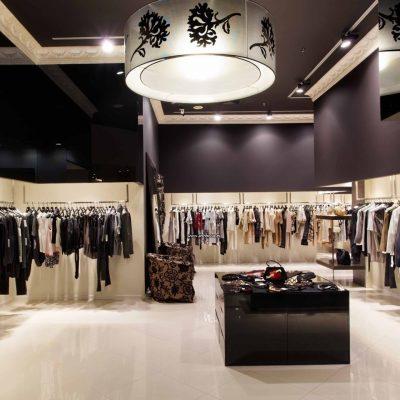 Электромонтаж магазина по цене от 300 рублей