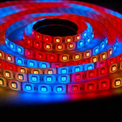 Монтаж светодиодной ленты по цене от 100 рублей