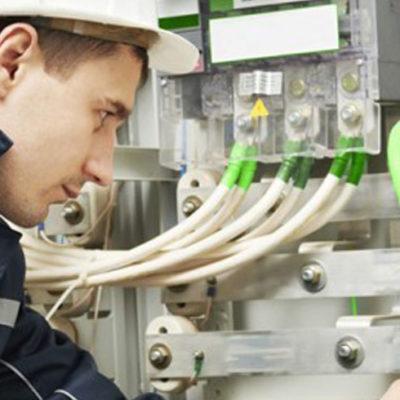 Обслуживание электроустановок и электросетей по цене от 2500 рублей